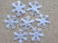 Фетровые снежинки 2.5 см, МОЛОЧНЫЕ маленькие( 10 шт)