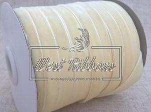 Лента велюр -мягкая 1 см, светло- молочная