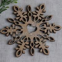 Деревянные украшения , снежинка- сердечко № 52